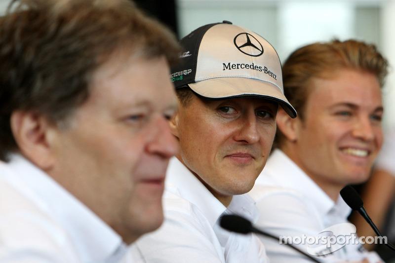 Norbert Haug, Mercedes, Motorsport chief, Michael Schumacher, Mercedes GP, Nico Rosberg, Mercedes GP