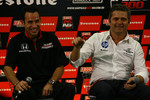 Press conference: Helio Castroneves, Team Penske and Gil de Ferran