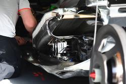 McLaren electrical parts under the radaitor