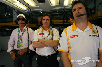 Emerson Fittipaldi in the Renault garage