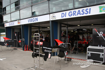 Race preparations, The garage of Virgin Racing