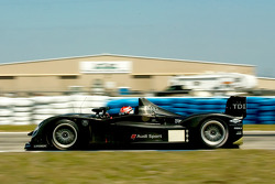 Audi Sport Team Joest Audi R15 TDI: Romain Dumas