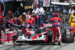 Ryan Hunter-Reay, Andretti Autosport makes a pitstop