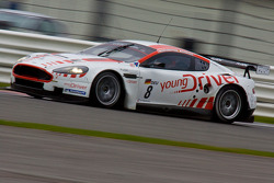 #8 Young Driver AMR Aston Martin DB9: Stefan Mücke, Christoffer Nygaard