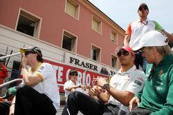 Lewis Hamilton, McLaren Mercedes, Heikki Kovalainen, Lotus F1 Team, Adrian Sutil, Force India F1 Team