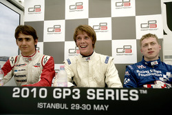 Nigel Melker with Esteban Gutierrez and Dean Smith in the press conference