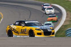#66 Riley Mazda/Driven Clothing Mazda RX-8: Jameson Riley, AJ Riley