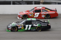 Denny Hamlin, Joe Gibbs Racing Toyota and Kasey Kahne, Richard Petty Motorsports Ford