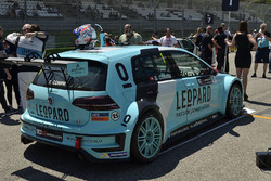 Стефано Коміні, Leopard Racing, Volkswagen Golf GTI TCR