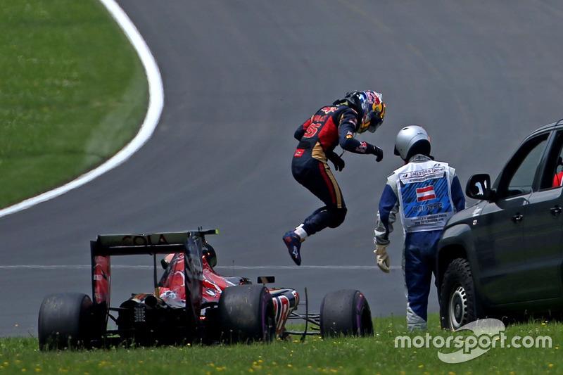 15: Карлос Сайнс-мол., Scuderia Toro Rosso