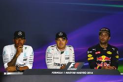 Press conference: polesitter Nico Rosberg, Mercedes AMG F1, second place Lewis Hamilton, Mercedes AMG F1, third place Daniel Ricciardo, Red Bull Racing