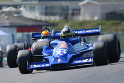 M Lyons Hesketh 308E challenged by Tyrrell 10 Deman