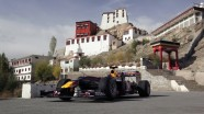 Red Bull F1 Show Car Run Khardung-La