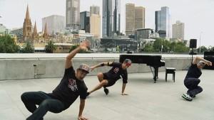 Dancing & Freaking: The F1 Harlem Shake