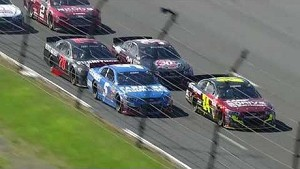 Kasey Kahne and Jeff Gordon battle it out at Pocono | 2013