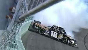 NASCAR Joey Coulter avoids disaster | Homestead-Miami Speedway (2013)