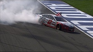 Brad Keselowski wins at Fontana in last lap pass
