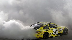 Kenseth makes statement with dominant win