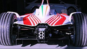 Il nuovo garage del team Mahindra