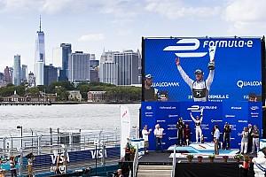 Fórmula E Crónica de Carrera Sam Bird se lleva la gloria en Nueva York