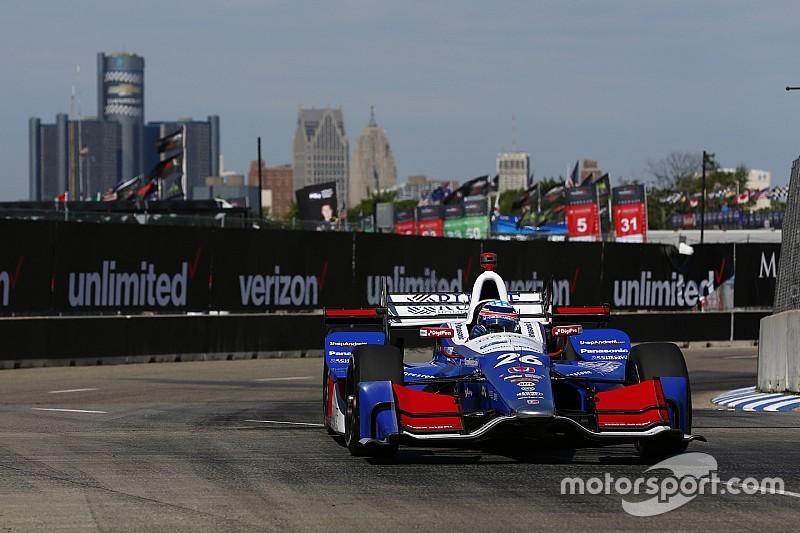 IndyCar у Детройті: Сато на поулі перед недільною гонкою