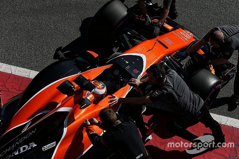 """McLaren y Honda agradecen el """"esfuerzo incansable"""" del equipo"""