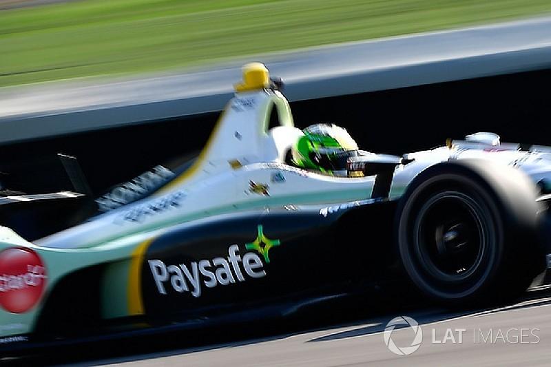 Claman De Melo pasa la prueba para novatos de Indy