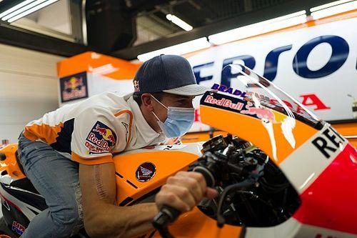 Marc Márquez de retour dans le paddock MotoGP à Barcelone