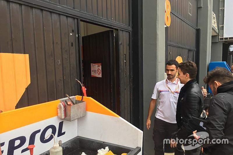 Honda-aanwinst Lorenzo meldt zich voor het eerst in de HRC-box