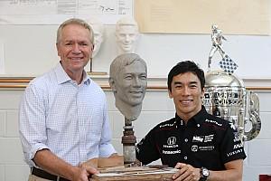 IndyCar 速報ニュース 佐藤琢磨、インディ500トロフィー製作に臨む。12月に日本で展示予定