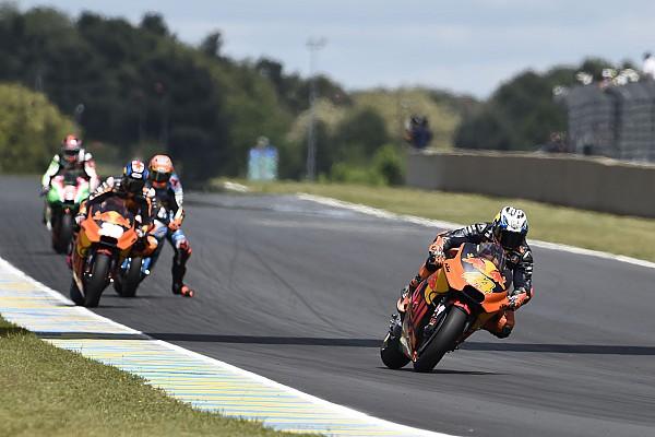 MotoGP Les deux KTM de nouveau dans les points au Mans