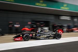 Formula V8 3.5 Crónica de Clasificación Fittipaldi repite y arrancará primero en las dos mangas de la V8 3.5