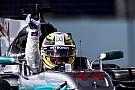 Grosjean kaart losse gordels Hamilton tijdens uitloopronde aan