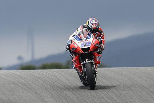 Martín dernier et inquiet des vibrations de sa Ducati