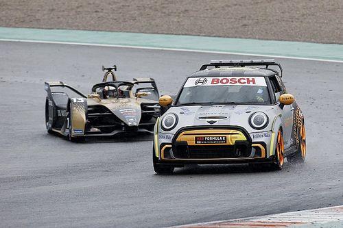 フォーミュラE第5戦バレンシアは結局5台が失格に! FIA「最後、残り2周のレースになったのは驚き」