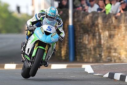 Isle of Man TT 2018: Harrison siegt mit neuem Supersport-Rekord