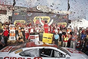 NASCAR Cup Reporte de la carrera Kenseth vence en Phoenix y clasifica Keselowski