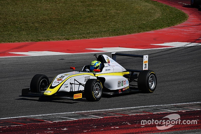 Un problema di salute ferma Marzio Moretti per la gara di Vallelunga del Campionato Italiano di F4