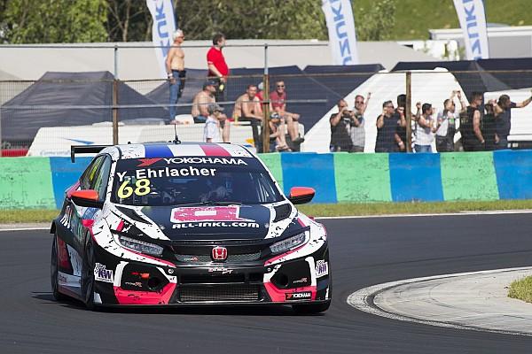 Ehrlacher lo borda en la salida y gana la Carrera 1 del WTCR en Zandvoort