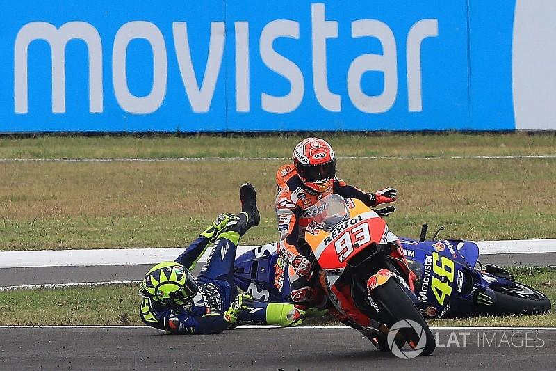 Crash-Fotostrecke: Marquez vs. Rossi bei MotoGP Argentinien 2018
