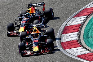 Formule 1 Nieuws Rosberg hoopt dat Verstappen aan agressiviteit inboet