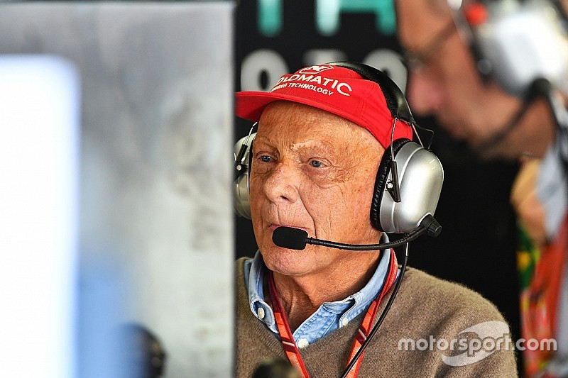 Lauda vows to be back