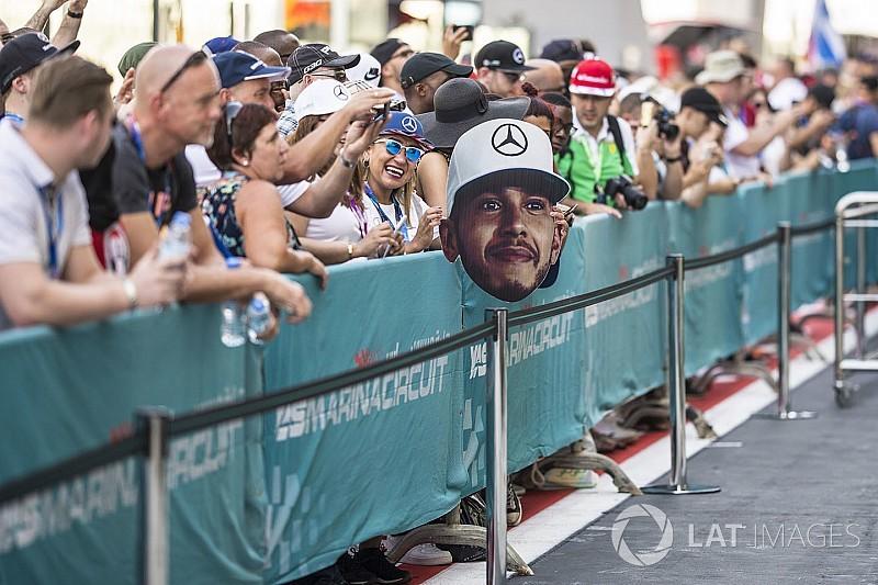 Los memes se burlan del comentario sexista de Lewis Hamilton