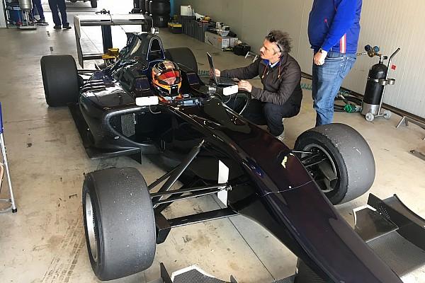 Kubica özel bir GP3 testine katıldı