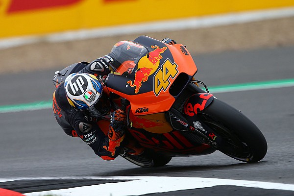Espargaro crashed trying to follow Marquez in qualifying