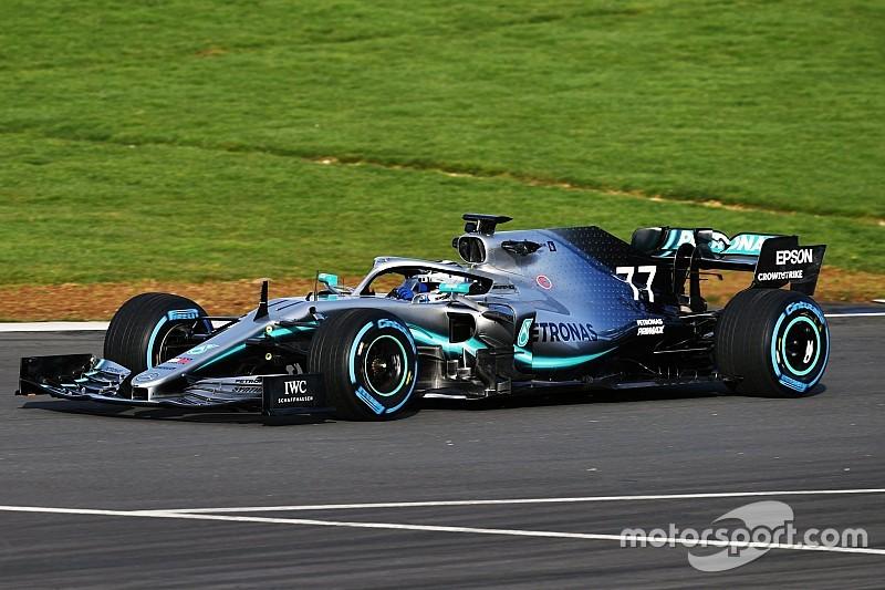 Már pályára is gurult az új Mercedes és a Toro Rosso: kép+videó