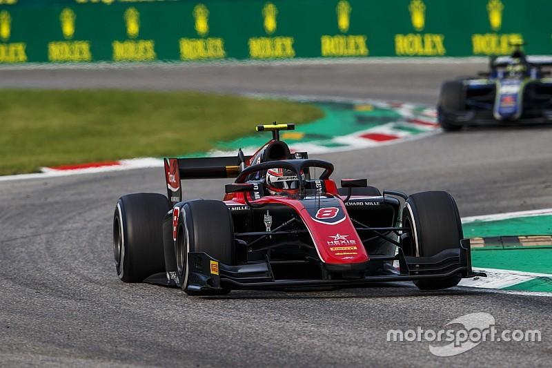 Monza F2: Russell, Markelov'un hatasıyla kazandı