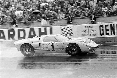 Ken Miles, el gran desconocido que hizo ganador al Ford GT40