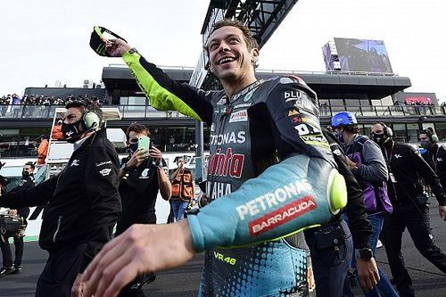"""MotoGP: Emocionado, Rossi diz que Misano foi """"o melhor modo de dizer adeus"""" aos fãs italianos"""