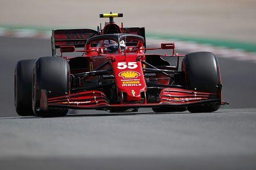 """F1: Sainz vê Ferrari com """"o carro mais rápido do pelotão do meio"""" na Espanha"""